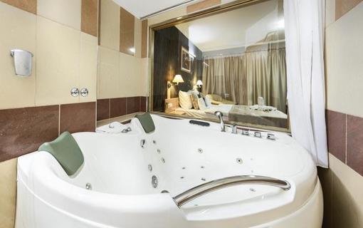 MenDan Thermal Hotel 1147986241